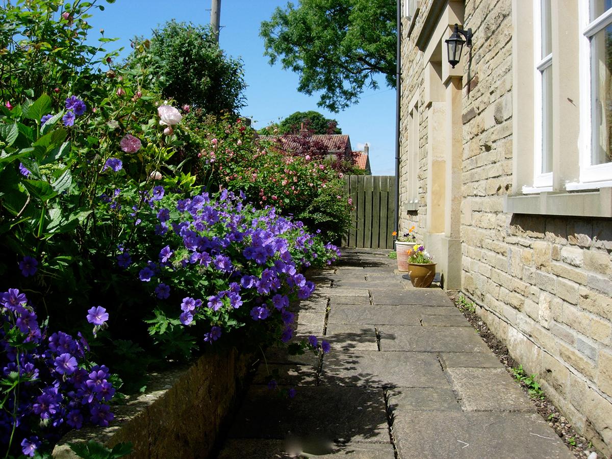 Thornberry Retreat Front Garden
